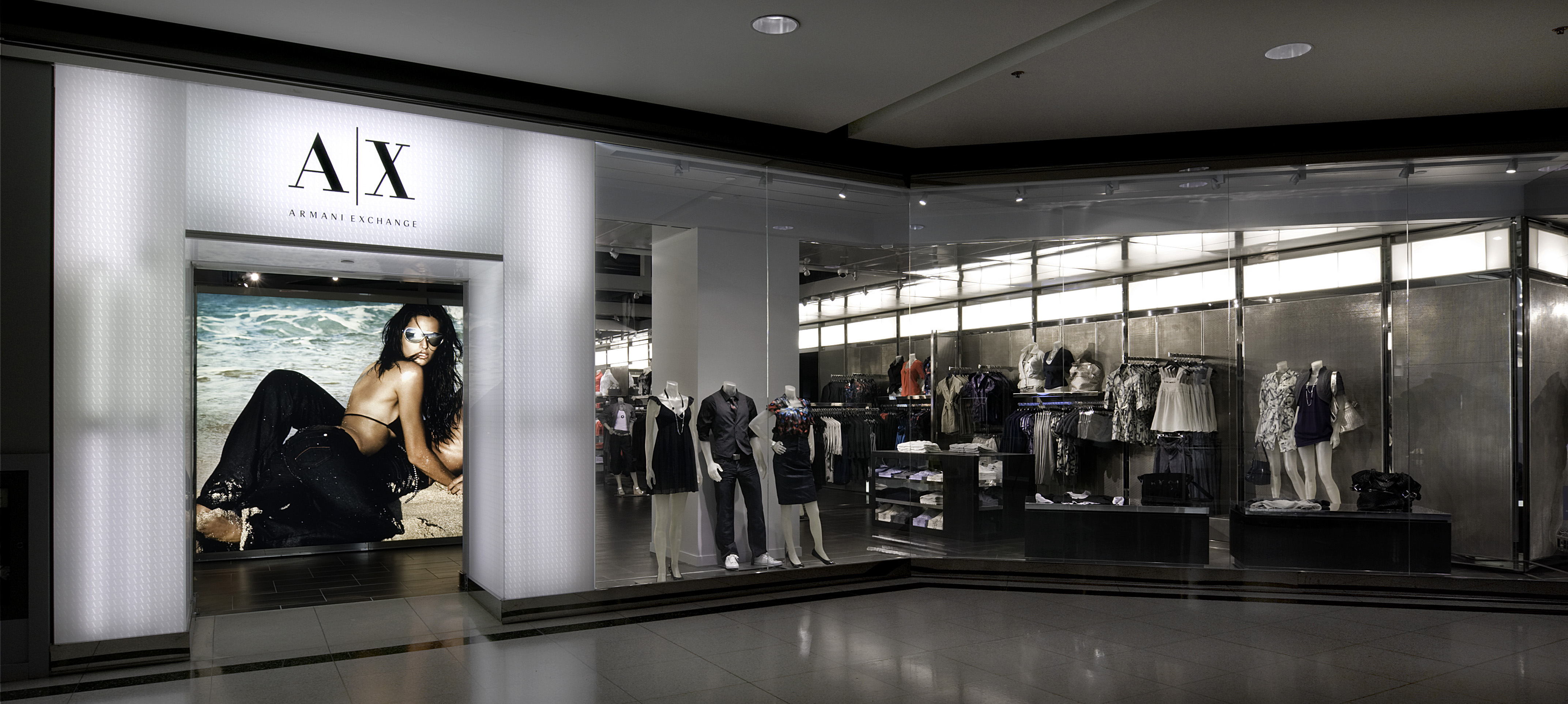 Luxe report a x is moving to lenox square mall the for Armadi outlet